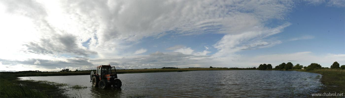 Jour de pèche dans un étang de la Brenne